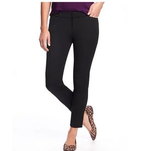 Old Navy Mid-Rise Pixie Ankle Pants Sz: 4 in Black